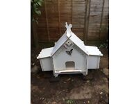 Chicken coop - original plastic Doodlehouse with automatic pop hole open/closer