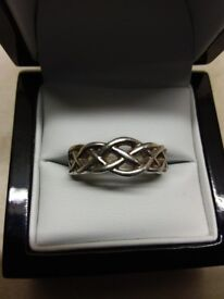 Solid silver celtic style ring