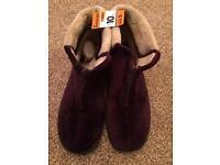 Velvet memory foam slippers size 7 BNWT
