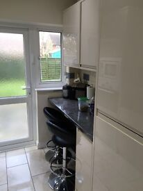South Ruislip 2 bed flat with garden