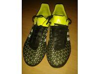Adidas Football boots Metal studs size 5.5
