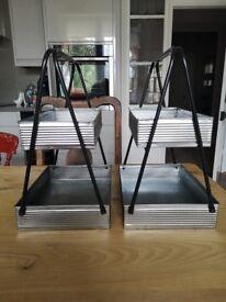 2 metal storage trays