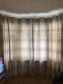 Beige/brown checked 90x90 set of curtains
