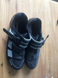 Bicycle shoes size 9 Shimano (rarely used)