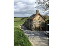 Self catering holiday cottage, high standard, situated on farm. Sleeps 4. Both rooms ensuite.