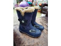 Clarks 7G girls boots very good condition