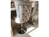 Cheshire button back stool
