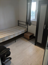 Beautiful Room To Let In East Ham with All Bills Inclusive £450