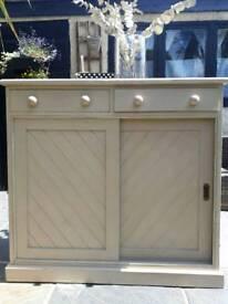 Vintage Sideboard/cabinet