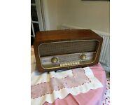 Bakelite transistor radio - Pam