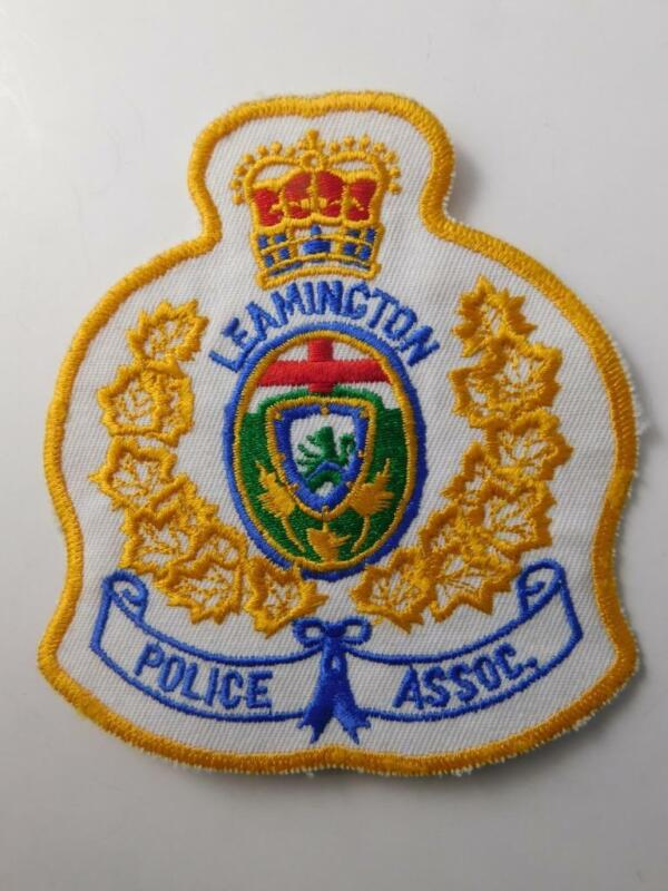 LEAMINGTON POLICE ASSOC VINTAGE PATCH CREST BADGE COAT OF ARMS ONTARIO CANADA