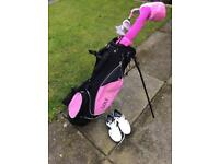 Set of 5 Golf girl golf clubs. Golf bag and Nike shoes.