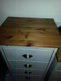 Tallboy chest of drawers