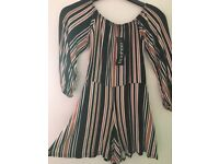 boohoo woman's play suit size 8