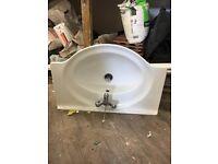 Ceramic vanity basin