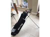 Dunlop golf bag with clubs