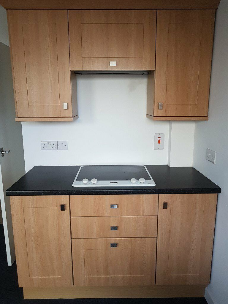 KITCHEN UNITS AND STAINLESS STEEL SINK WITH MIXER TAP