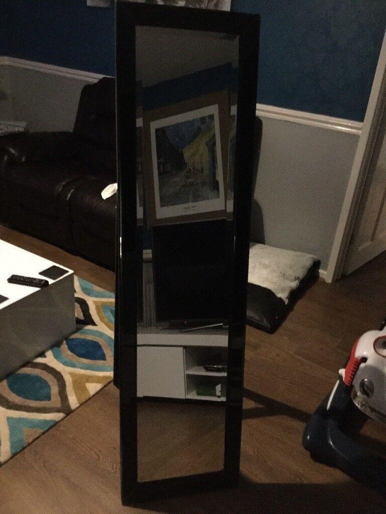 Black gloss free standing mirror