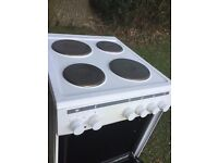 Freestanding Currys Essentials range Electric Cooker - White