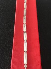 Ladies genuine vintage bracelet with mop stones Hallmarked 925