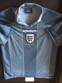 Signed England foot ball shirt. Alan Shearer and Paul Gascoigne