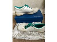 Reebok easy tone teal and white trainers size 6