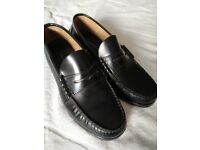 Mens black Italian style Loafers, size 9, 100% leather, Mod vintage style,