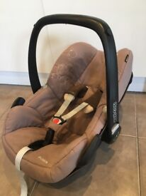 Maxi-Cosi Pebble Group 0+ Baby Car Seat
