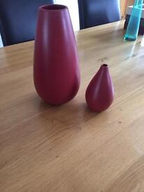 Red Next vases