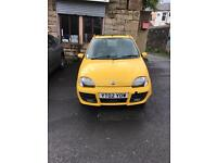 Fiat seciento for sale 2002 in yellow