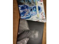collection only. 2 vinyls, very good condition only used like 3 times