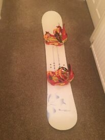 Awesome prior 152cm woman's snowboard with Drake F60 bindings