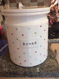 Ceramic bread bin
