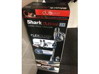 SHARK DUO CLEAN CORDLESS BRAND NEW