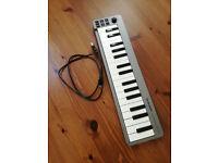 M-Audio Keystation Mini 32 Ultra-Portable Keyboard