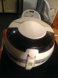 Tefal Actifry 1.2kg original in white exceptionally clean with instructions/ recipe book