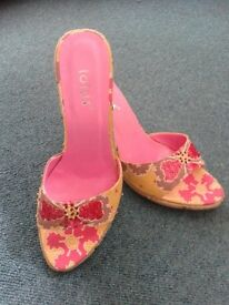 Never worn size 3 Wedge