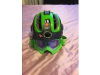 Mtb helmet and goggles
