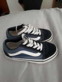 Childrens vans trainers