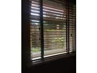 Wooden Blind colour walnut