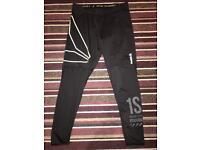 Reebok gym leggings size Large (new)
