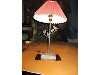 Side lamp with 2 birds on metal branches