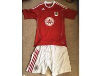 Bristol City shirt and shorts Small