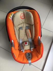 CYBEX Aton Q Car Seat & Isofix base