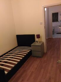 "£125pw Big Single room inBeautiful area "" Crouch End """