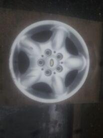 1land rover alloy wheel