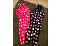 Two Age 5:6 Hooded onesies
