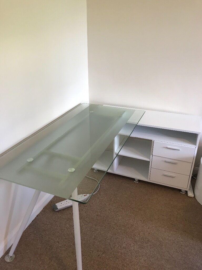 Corner home office desk