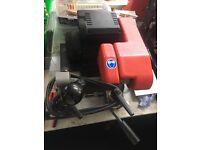Cylinder key cutting machine