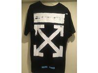 Off-White T Shirt - Medium (Not Gucci, Fendi, Givenchy)